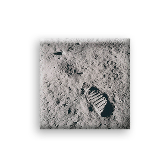Magnet Aldrin View of the lunar surface
