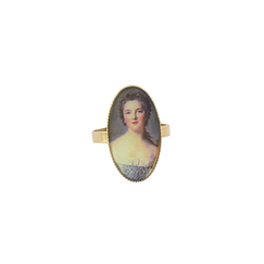 Portrait Madame Victoire Ring - Ladies of the court