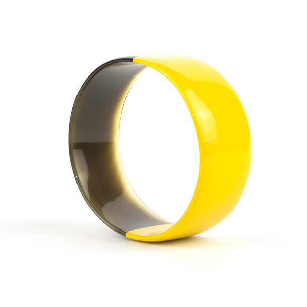 Yellow lacquered Flat bracelet in horn - L'Indochineur