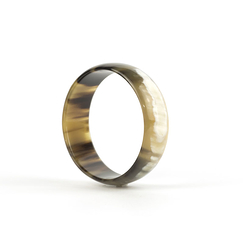 Flat bracelet in marbled black horn - L'Indochineur