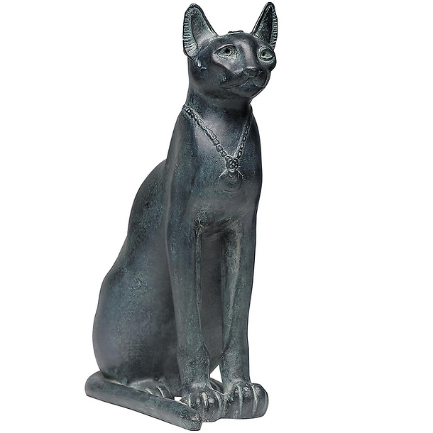 Cat of the goddess Bastet with a necklace